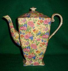 Royal Winton Grimwades Kinver Chintz Tea Pot Teapot Circa 1934 Cottage Chintz