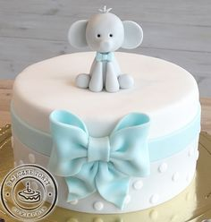 Cake Kids, Cakes For Boys, Baby Boy Cakes, Fondant, Cupcake, Deserts, Simple, First Birthday Decorations, Fondant Icing