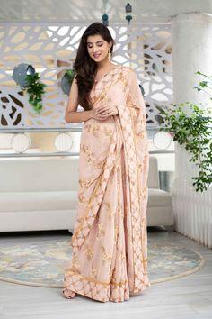 Simple Sarees, Trendy Sarees, Stylish Sarees, Bollywood Designer Sarees, Wedding Sari, Wedding Ceremony, Party Sarees, Desi Wear, Stylish Dress Designs