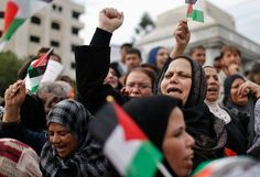 The draft resolution calls on the United Nations General Assembly to upgrade the Palestinian Authority to a nonmember observer state. It is virtually certain to pass, despite the opposition of the United States and a handful of other nations.