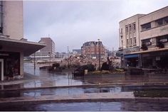 Do you remember what Drake Circus used to look like before the mall? Plymouth Hoe, Plymouth England, Devon Uk, Devon And Cornwall, Then And Now Pictures, Ocean City, Old Photos, Drake, Mall