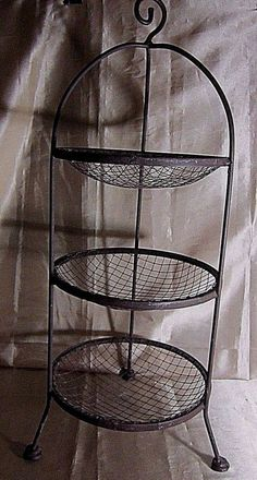 VINTAGE 3 TIERED FRUIT BASKET/SERVING TRAY - Rust Wrought Iron, Tripod Stand $24.99