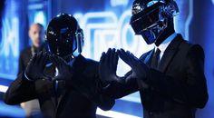 "Daft Punk et Gisele Bündchen en couverture du ""Wall Street Journal"""