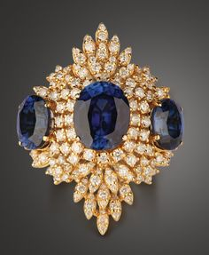 Brooch....I don't know if I would ever wear it but its so sparkly and it really stands out. LOL