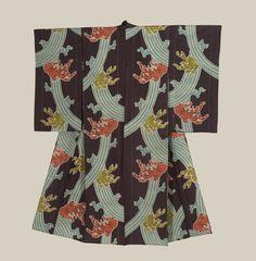 A fine meisen silk kimono featuring wave motifs.  Taisho Period (1912-1927), Japan.  The Kimono Gallery