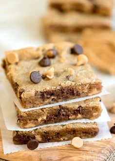 Peanut Butter Chocolate Chip Brownies // Perfectly moist, decadent, and fudgy, these sinful Peanut Butter Chocolate Chip Brownies will redefine your love for peanut butter.