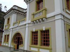 Antigua casa de la aduana colombiana. Punte natural Rumichaca Mansions, House Styles, Natural, Home Decor, Style At Home, Bridges, Antigua, Places, Houses
