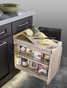 #Kitchen #KitchenIsland #SmartCab #Pullout #SmartCabPullout #KitchenOrganization #Cuttingboard
