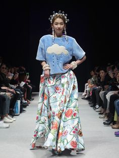 A model showcases designs on the runway during the chez HEEZIN show as part of Seoul Fashion Week F/W 2014 on March in Seoul, South Korea. Korean Fashion, Seoul Fashion, Showcase Design, Modest Fashion, Runway, Style Inspiration, Poses, Fashion Designers, My Style