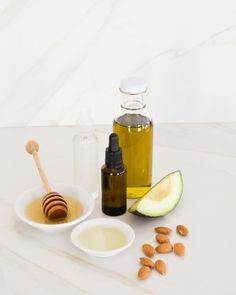 Hydrating Honey Mask + 2 More DIYs for Moisturizing Skin in Winter