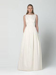 Vestidos de noiva de Max Mara  para 2013. #casamento #vestidodenoiva