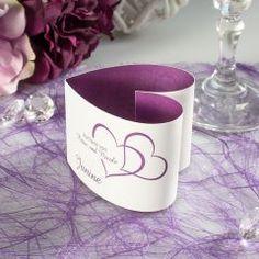 Tischkarte Herzform Zwei Herzen lila inkl. Namensdruck