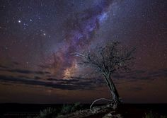 Night scenes from the semidesert Karoo, Sutherland, South Africa. Milky Way Photography, Photography Tips, Photoshop Tutorial, Photoshop Actions, Milky Way Photos, Advanced Photoshop, Adventure Travel, Northern Lights, Travel Destinations