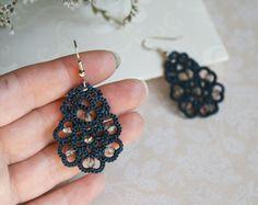 Blaue Spitze Ohrringe Blumen Denim blau tatted von LacedMood