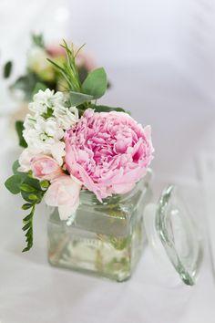 peony wedding flowers  http://www.victoriaphippsphotography.co.uk/