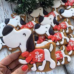 Малыши , доступны Отдельно 200 руб за шт Заказы на новогодние наборы принимаю до 01.12.17, выдача после 15.12.17. Если вам будут нужны раньше, пишите заранее. Большие заказы строго по предоплате. Все вопросы и оформление заказа, только через моб.телефон 89057322318 #cookies#sugarcookies#decoratedcookies#royalicing#icing#имбирноепеченье#пряники#подарокженщине#букет#розы#cookie#gallets#подаркидетям#сладкийподарок#сладкийсувенир#своимируками#sweet#instafood#имбирныепряникиназаказ#имбир...