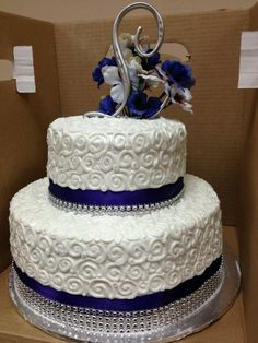 Congrats To My Grandparents On The Wedding Anniversary No Better Way Celebrate Than With A Beautiful Cake Would You Guess It Was Made At Walmart