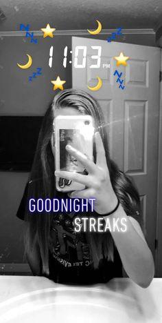 Photo Snapchat, Snap Snapchat, Snapchat Selfies, Creative Instagram Stories, Instagram Story Ideas, Instagram Tips, Snapchat Streak Emojis, Snap Streak, Insta Snap