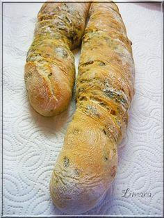 Limara péksége: Medvehagymás-fenyőmagos bagett Hungarian Recipes, Bread Baking, Sausage, Bakery, Dishes, Meat, Cooking, Food, Breads
