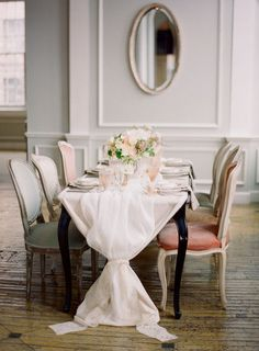 Obsessed with the way the tablecloth is bunched at the ends of the table. OBSESSED.