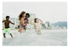 """É dia de praia"" - n.magazine 04. Foto: Andrea Marques e Edu Monteiro/Fotonauta. Styling: Helena Luko"