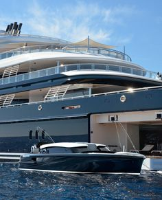 Pascoe SL Limo Boat Private Yacht, Sailor Jerry, Super Yachts, Luxury Yachts, Limo, Rolls Royce, Luxury Lifestyle, The Dreamers, Invite