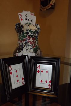 Poker Party - like the framed cards