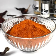 Homemade fish curry powder with step by step preparations & photos. South Indian / Tamil Nadu style meen curry masala podi with natural aromatic flavors. Curry Recipes, Fish Recipes, Baby Food Recipes, Seafood Recipes, Indian Recipes, Food Tips, Masala Powder Recipe, Masala Recipe, Homemade Spices