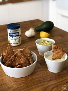 Σπιτικά nachos με 2 υπέροχα vegan dips - madameginger.com Nachos, Dips, Cereal, Vegan, Breakfast, Food, Kitchens, Morning Coffee, Sauces