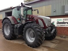 Designer Fendt tractor - Metalic Paint and Chrome accessories