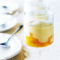 Peach zabaglione recipe / The best Italian desserts Italian Desserts, Italian Recipes, Italian Foods, Gourmet Recipes, Dessert Recipes, Free Recipes, Zabaglione Recipe, Peach Wine, Delicious Desserts