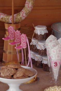 Girly pretties & Tilda : Cowgirl Birthday Party