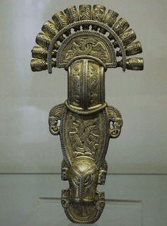 Bow brooch from Nocera Umbra, 6th-7th century, Museo Nazionale dell'Alto Medioevo, Roma