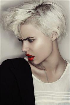 Funky and attitude, blond #short #bob