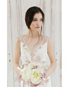 Bella Wedding Gown - Rochia de mireasa Bella - Simona Semen