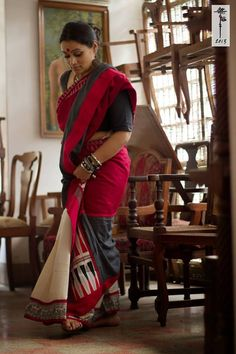 North-East tribal mishing weave on handloom cotton . again by Mora. with Mora u can never just stop at one! Red Saree, Saree Dress, Saree Blouse, Soft Silk Sarees, Cotton Saree, Cotton Silk, Indian Attire, Indian Ethnic Wear, Traditional Sarees