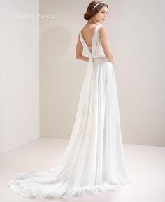 JESUS PEIRO Vestido novia 7010 Colección Mirtilli JESUS PEIRO Wedding Dress Mirtilli Collection 2017