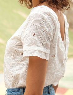 20 Trendy how to wear white tops summer Mode Outfits, Fashion Outfits, Womens Fashion, Fashion Ideas, Summer Outfits, Casual Outfits, White Top Outfit Summer, Diy Kleidung, Moda Boho