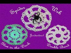 New Spider Web Charm - Rainbow Loom - Halloween Fall Rainbow Loom Christmas, Rainbow Loom Charms, Rainbow Loom Tutorials, Rainbow Loom Creations, Loom Bands Tutorial, Monster Tail, Loom Band Bracelets, Loom Knitting, Cool Things To Make