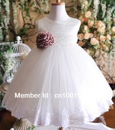 2014 nouvelles robes des filles de baptême de taille robe de fille bébé dandy robes princesse robe de billes de fleurs de couleur blanche 3 8T de la livraison gratuite dans Vêtements & accessoires de   sur AliExpress.com | Alibaba Group