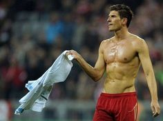 Mario Gomez #hottie Mario Gomez, My Sisters Keeper, World Cup Qualifiers, Antoine Griezmann, Fifa World Cup, Germany, Soccer, Hero, Sports