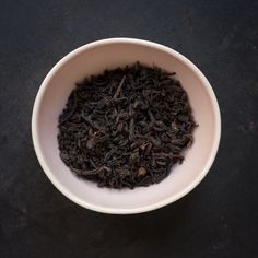 Situated in southern India's Blue Mountains, the Tiger Hill estate produces Nilgiri's best teas. Its high elevation and fertile soil allow t...