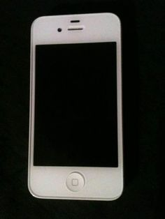 Apple iPhone 4 8GB - White - http://www.cheaptohome.co.uk/apple-iphone-4-8gb-white/