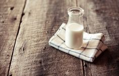 To drink or not to drink – that is the question. Lately, cow milk has become the topic of debate, here we weigh out the pros and cons. benefits of milk; pros and cons of cow milk; health benefits of cow milk; Raw Milk, Fresh Milk, Sem Lactose, Milk Bath, Goat Milk Soap, Garden Pests, Kefir, Glass Of Milk, Homesteading