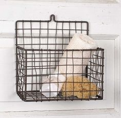 Farmhouse Storage Ideas, hanging wire basket | DuctTapeAndDenim.com