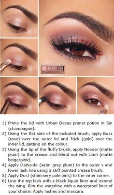 Maquillaje de ojos en tonos rosas                                                                                                                                                                                 Más