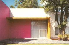 Fachada del jardín, Casa Gálvez, calle Pimentel 10, Chimalistac, México DF, 1955 Arq. Luis Barragán Foto. Armando Salas Portugal  Garden facade of the Galvez House, Chimalistac, Mexico City, 1955
