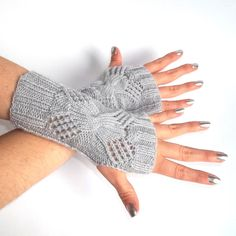 Gray Fingerless Gloves.  Knit Fingerless Mittens. Knitted Wrist Warmers. by MallinaDesign on Etsy