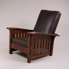 Large L&JG Stickley bentarm morris chair. Signed. Excellent original finish. 40″h x 32″w x 38″d