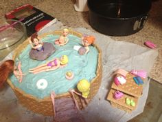 Polly pocket pool party cake